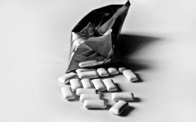 Chewing-gum à la nicotine pour arrêter de fumer