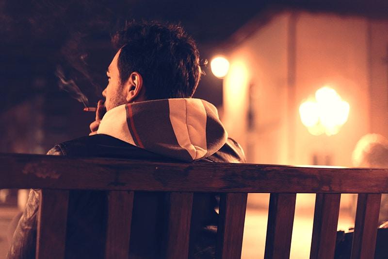 Le tabagisme chez les adolescents : 10 conseils pour éloigner vos enfants du tabac
